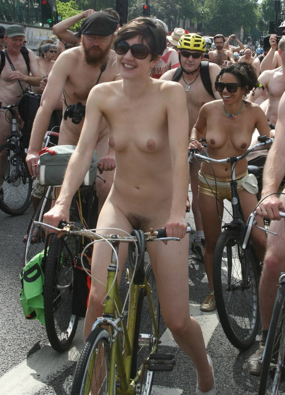 Join nudist group