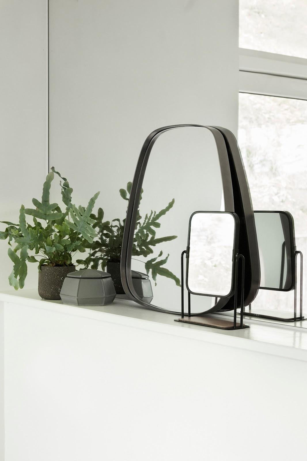 wyjątkowe lustro