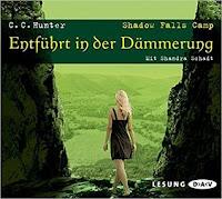 https://mrspaperlove.blogspot.com/2018/08/entfuhrt-in-der-dammerung.html