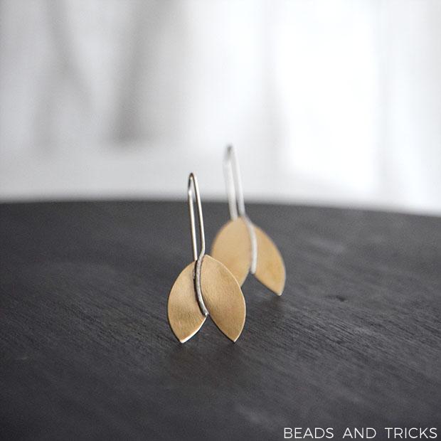 Orecchini tulipano in ottone similoro e argento