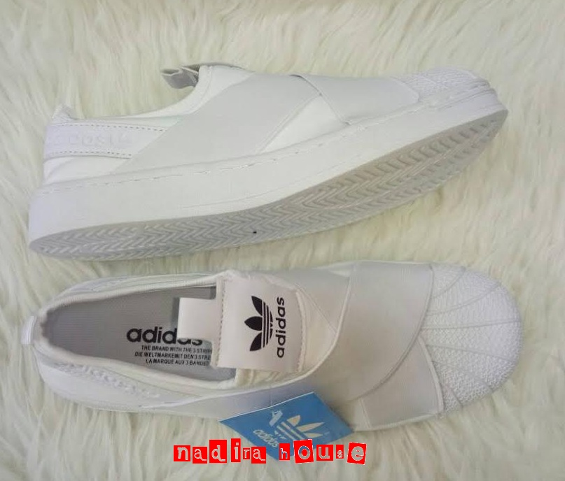 Nadira House Sepatu Adidas Silang Slip On Women
