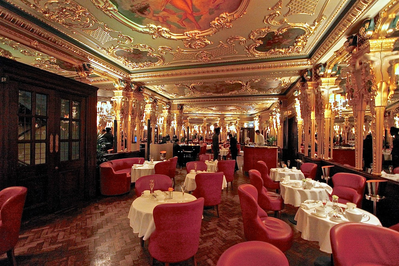 The london foodie fit for royal tea the afternoon tea for Hotel royal