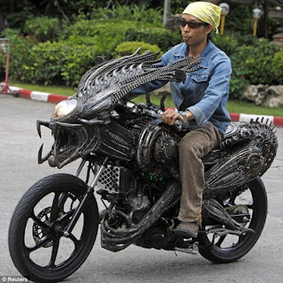 Amazing Sci-Fi Bike made by spare parts like alien