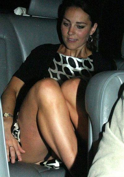 Lyndie Greenwood Nude Photos
