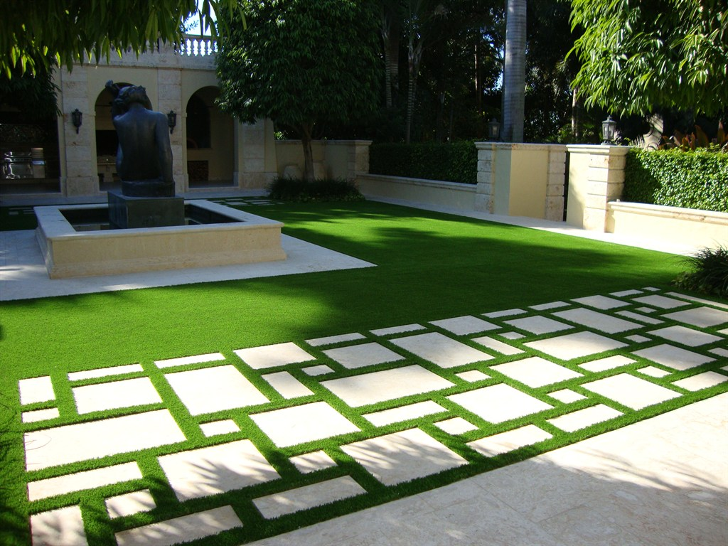 Artificial Grass Rug ! Garden Bible