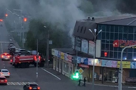 В Башкирии горел торговый центр ТЦ «Рубин» Видео