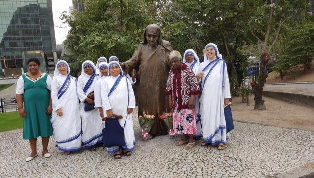 Mother Teresa statue in Rio de Janeiro