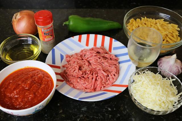 Ingredientes para macarrones a la boloñesa