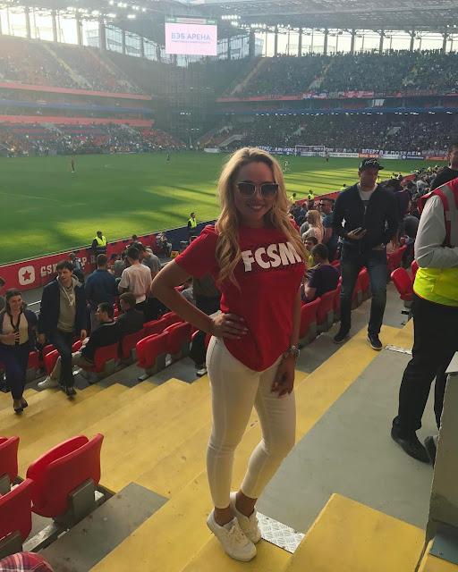 Με sexy φωτογραφίες πανηγυρίζει η Yuliana Tretyak το πρωτάθλημα που κατέκτησε η Σπαρτάκ Μόσχας