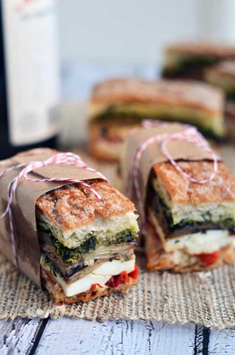 sándwich con pesto