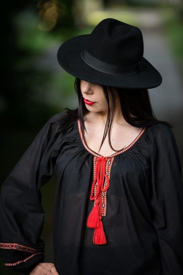 vyshyvanka | wyszywana koszula w stylu boho | styl boho jak nosić | blog modowy | blog o modzie | blog szafiarski | stylizacje | outfit z kapeluszem