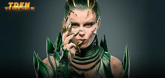 Actriţa Elizabeth Banks de 42 de ani, arată fantastic în ţinuta modernă a vrăjitoarei Rita Repulsa din filmul Power Rangers