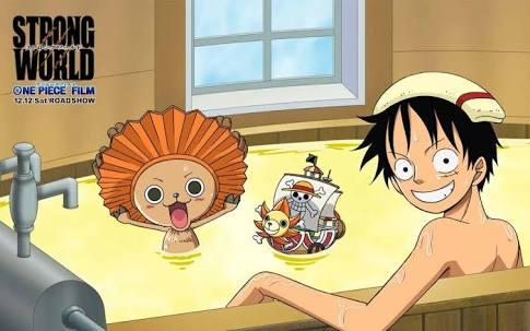 Luffy mandi dengan Chopper