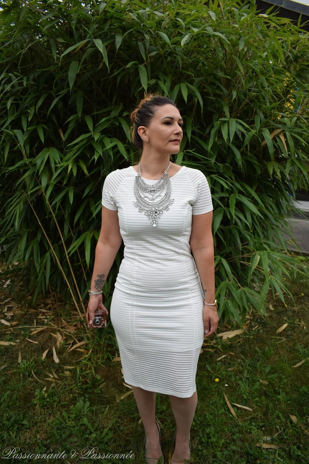 robe crayon blanche