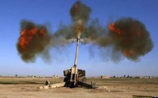 """الجيش العراقي و الحشد الشعبي يقتل عشرات """"الدواعش"""" بقصف صاروخي استهدف اجتماعاً لهم على الحدود مع سوريا"""