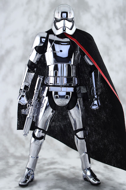 【玩具人Jerry Yuen投稿】BANDAI STAR WARS - Captain Phasma 1/12 Plastic Kit 開箱玩評