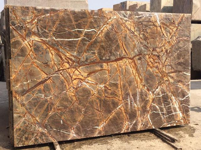 đá vàng rễ cây