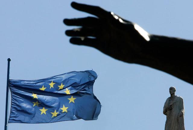 Política. Manifiesto por una refundación de la Unión Europea