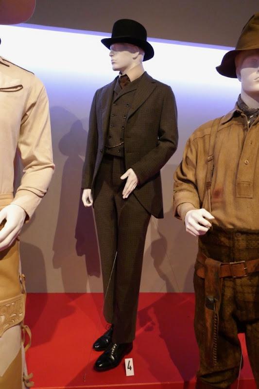 Jonjo O'Neill Ballad of Buster Scruggs Thigpen costume