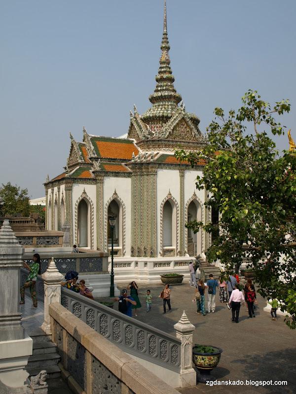 Wat Phra Kaew (Biblioteka)