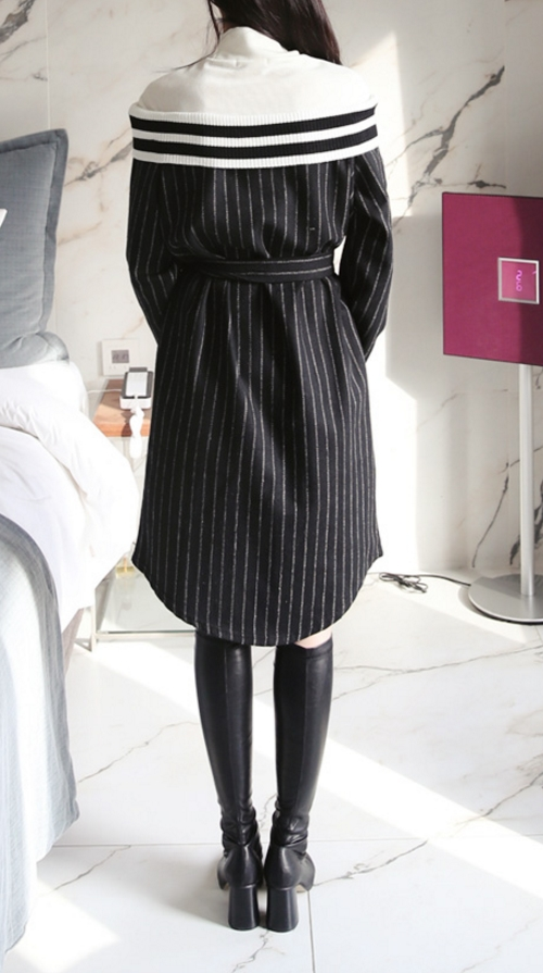Layered Long Sleeves Shift Dress With Strap