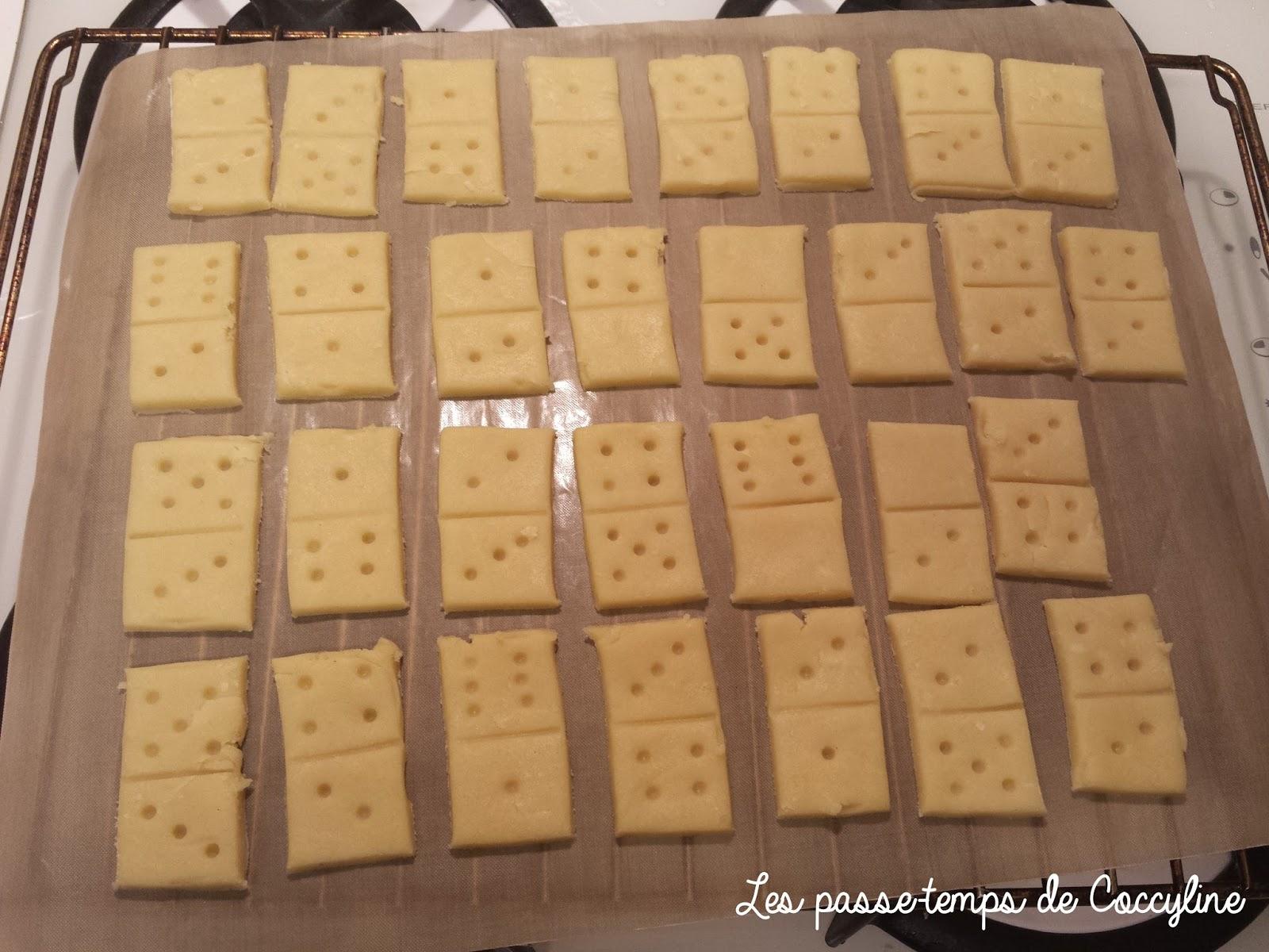 Les passe temps de coccyline des sabl s pour jouer for Comment jouer au domino astuces