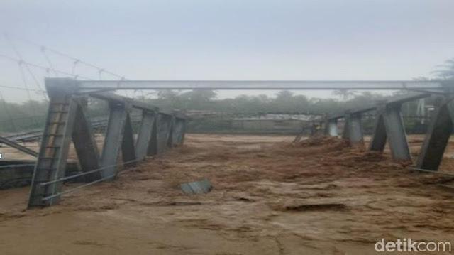 2 Orang Tewas Akibat Banjir Bandang di Padang
