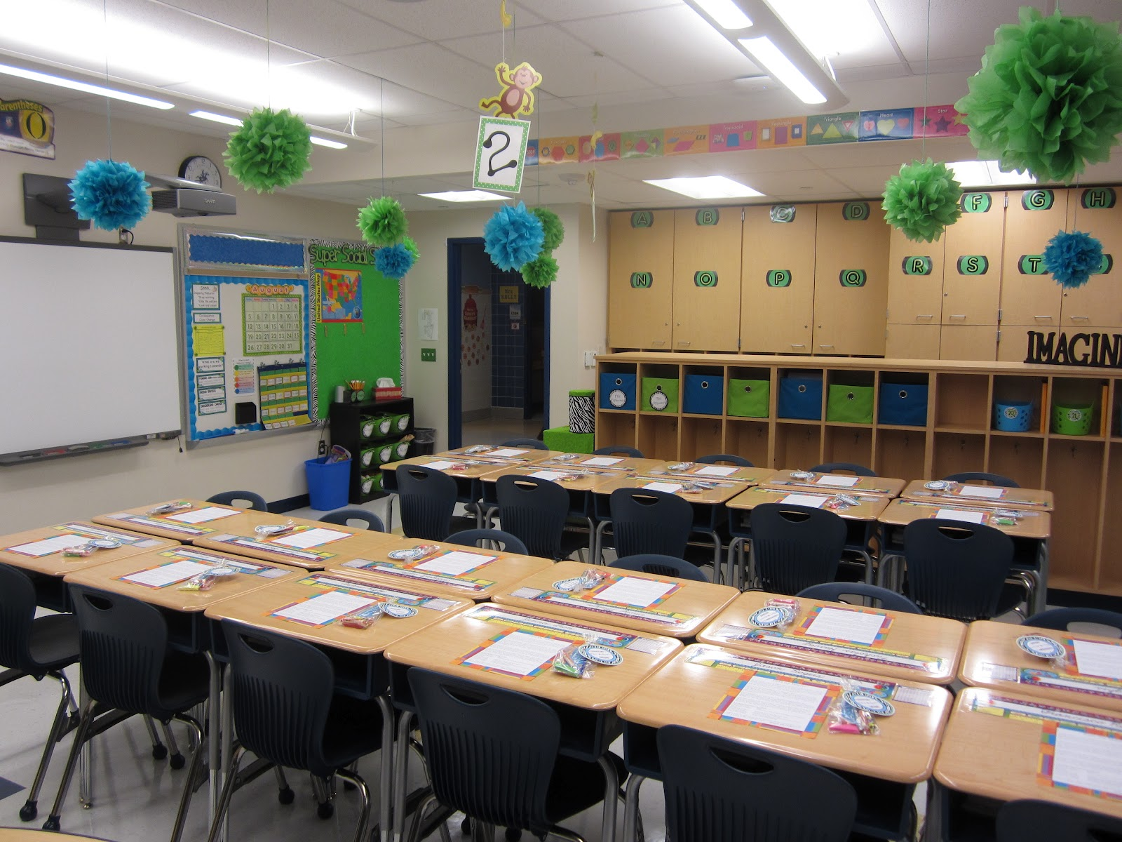 The Creative Chalkboard Classroom Tour Pictures Galore