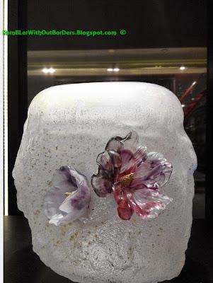 Liuli crystal glass art object