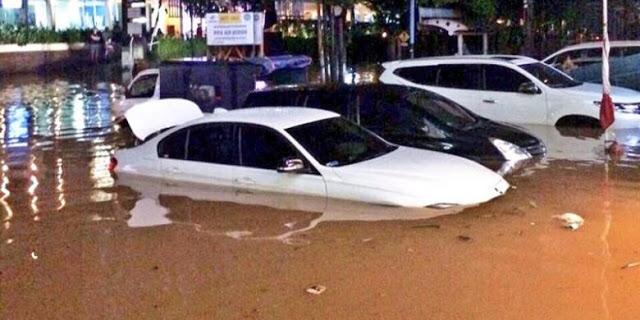 Banjir di Kemang, Kompas Online Hanya Beritakan Sedikit dan Berupaya Bela Ahok | Berita Indonesia Hari Ini