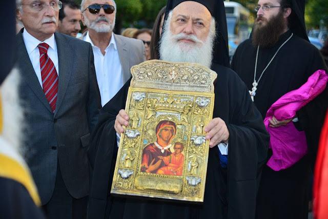 Αντίγραφο της Εικόνας της Παναγίας Σουμελά ενθρονίζεται στην Χαρίεσσα