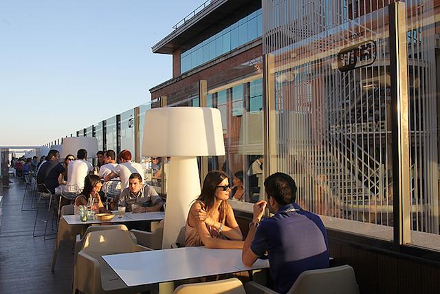 Cafeteria do El Corte Ingles da Plaza Callao em Madri