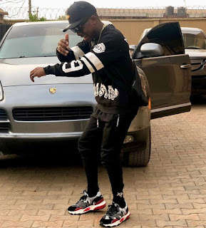 Small Doctor acquired Porsche