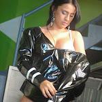 Andrea Rincon, Selena Spice Galeria 5 : Vestido De Latex Negro Foto 161