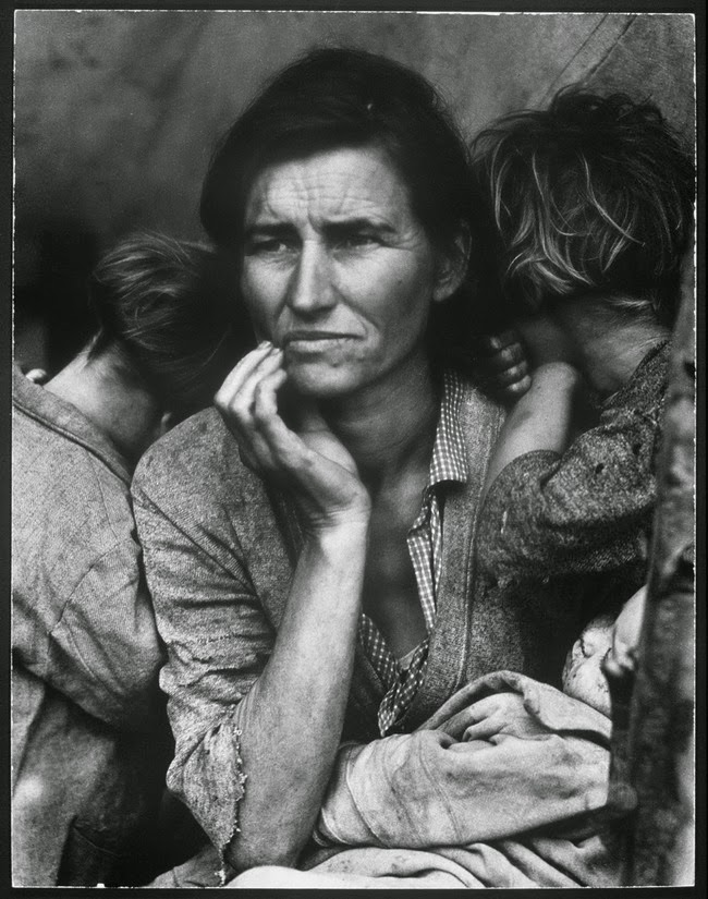 52 photos of women who changed history forever - The iconic photo of a concerned pea-picker and mother of seven children during the Dust Bowl. [1936]