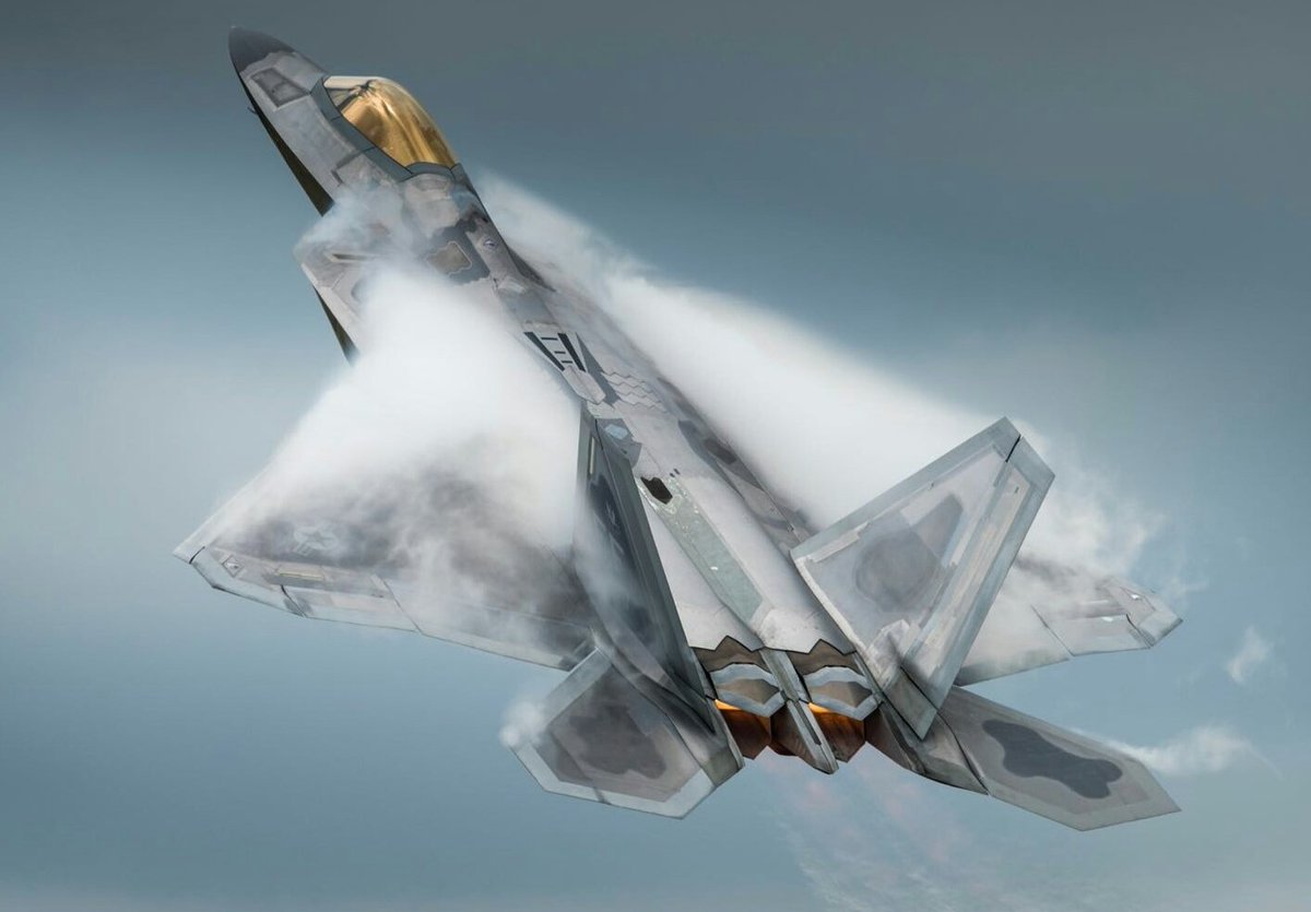 MIRAGE 2000 ΑΝΑΧΑΙΤΙΣΑΝ F-22 RAPTOR ΚΑΙ ΕΞΕΠΛΗΞΑΝ ΤΟΥΣ ΑΜΕΡΙΚΑΝΟΥΣ