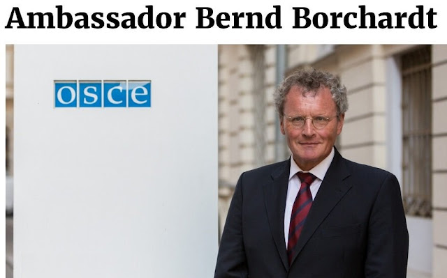 Opposition protesters to the house of the OSCE Ambassador in Tirana: Bernd Borchardt shame on you
