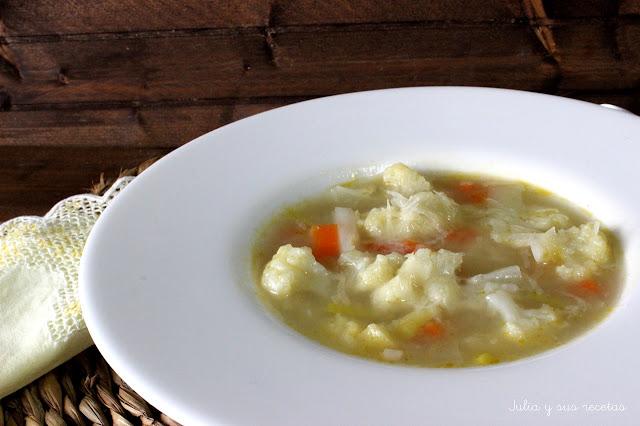 Sopa de coliflor con jamón. Julia y sus recetas