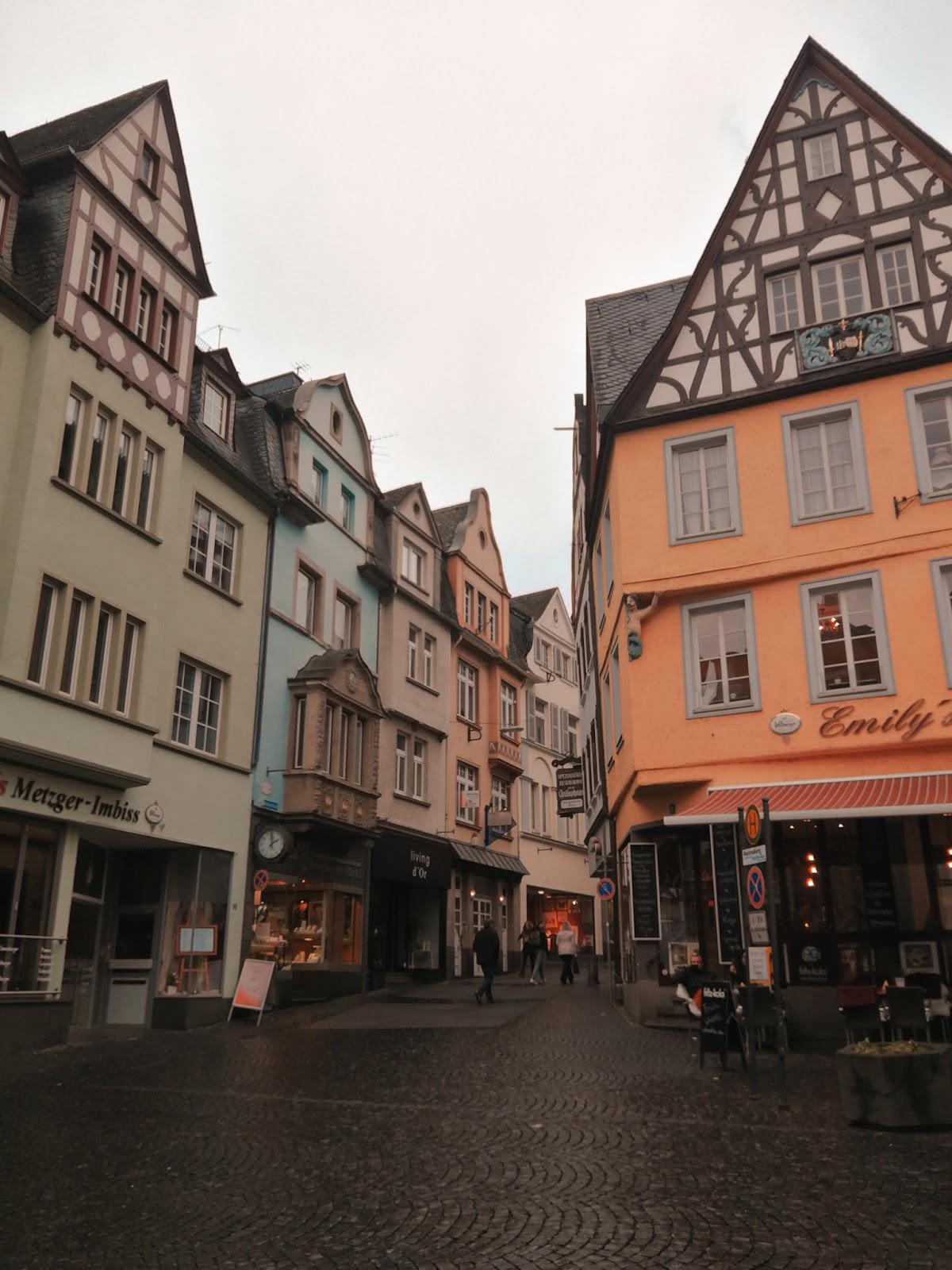Cochem-puente-colgante-largo-Alemania