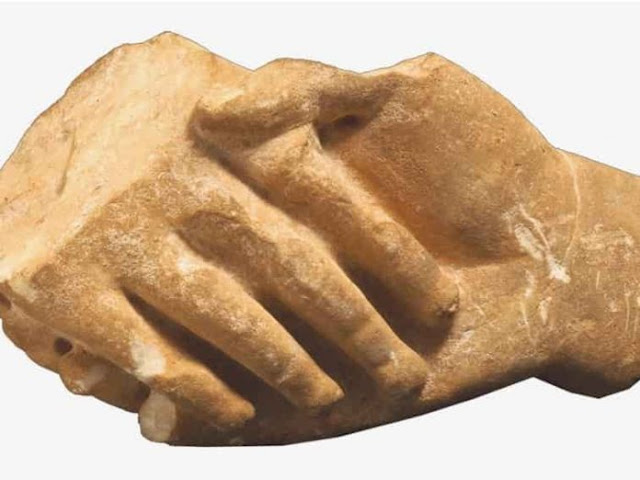 ΕΞΟΧΗ ΕΡΕΥΝΑ !!! Η «Χειραψία» στην Αρχαία Ελλάδα ΔΕΝ ήταν Αυτό που Κάνουμε Σήμερα !!! ΘΑ ΜΕΙΝΕΤΕ ΑΝΑΥΔΟΙ !!!