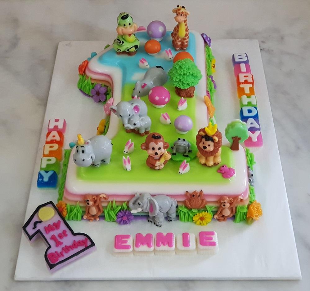 Yochanas Cake Delight Emmies 1st Birthday