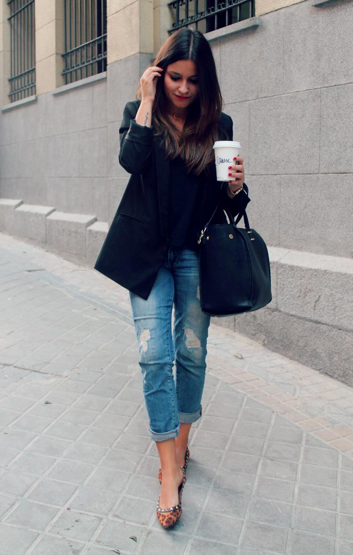 Boyfriend jeans, black blazer & animal print   Blog de Moda