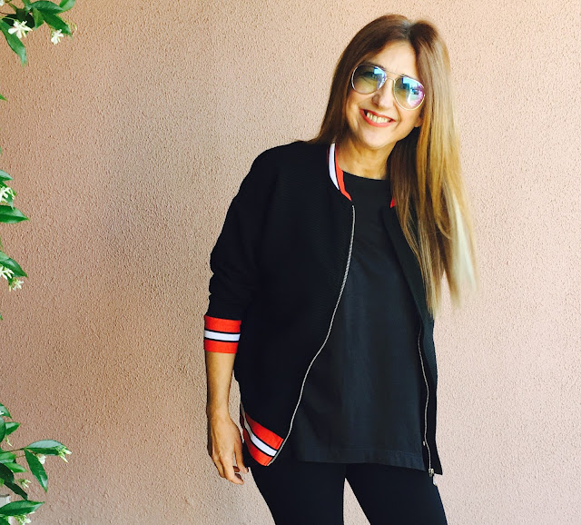 Look of the day, Carmen Hummer, Style, Makeup, maquillaje, Beter, lifestyle, shopping, outfit, cool, sneakers, bomber, sunglasses, fashionblogger