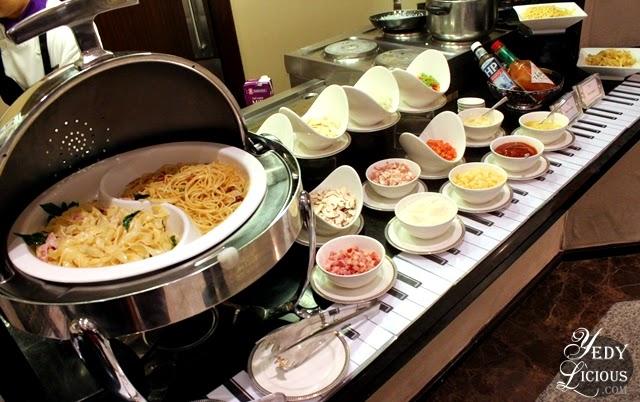 Pasta Station at Oakroom Restaurant / Jazzy Sunday Brunch Buffet