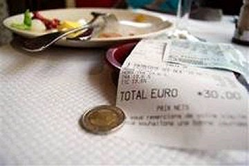 Berapakah tip yang perlu dibayar di restoran Eropah?