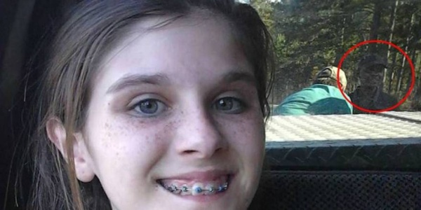 Ανατριχιαστικό: Φάντασμα εμφανίστηκε στη selfie μικρού κοριτσιού!