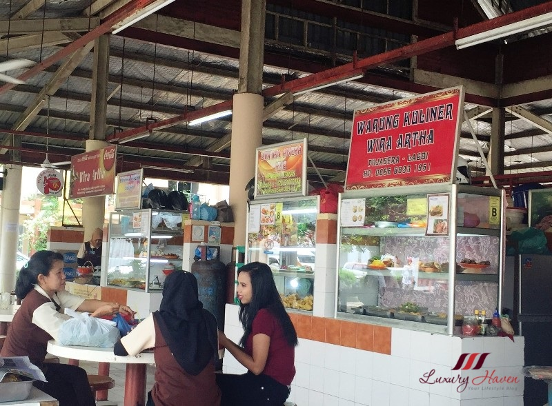 indonesia bintan resorts local food pujasera hawker centre