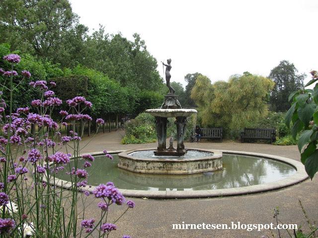 Лондон - Гайд-Парк, традиционный английский сад