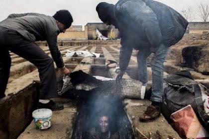 Para Mullah Syiah Sibuk Kirim Mesin Pembunuh Untuk Bunuhi Kaum Muslimin, Rakyatnya Tinggal di Kuburan Dengan Kondisi Sangat Horor! Berikut Foto-fotonya
