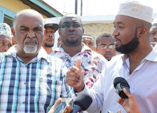 Hon. Joho with the Mombasa county members of parliament condemning the extra muslim killings in Mombasa. [Photo]Coutersy: Facebook